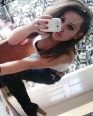 Fatimah is looking for adult webcam chat