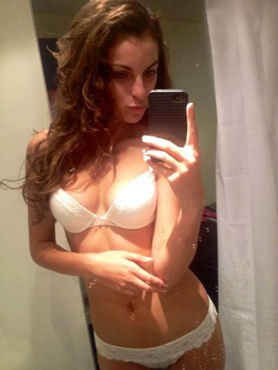 Viviana is interested in nsa sex with a nice, young man
