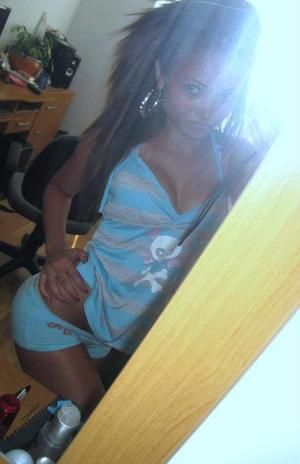 Hae is looking for adult webcam chat