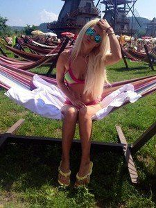Xuan from Urbanna, Virginia is interested in nsa sex with a nice, young man