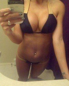 Gudrun from Healy, Alaska is looking for adult webcam chat